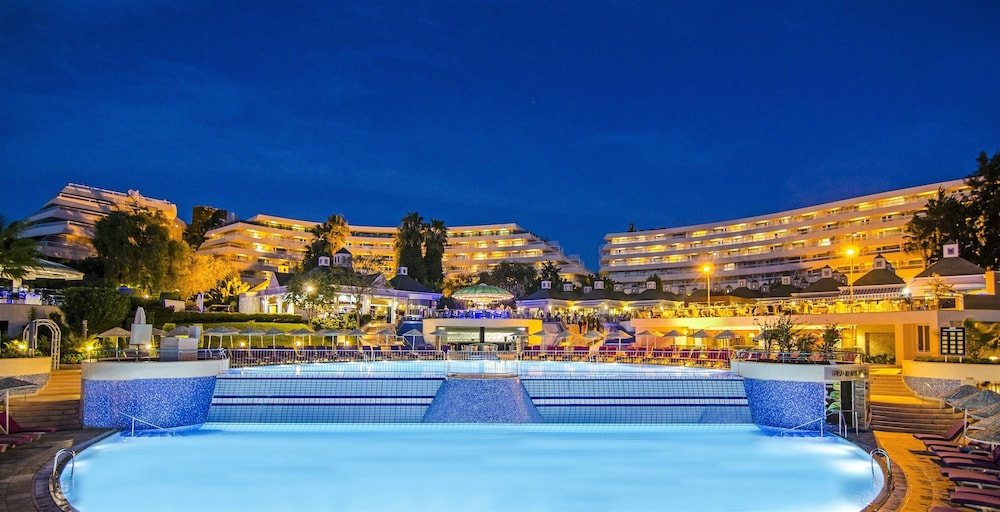 더 그랜드 블루 스카이 인터내셔널  - 올 인클루시브(The Grand Blue Sky International - All Inclusive) Hotel Image 12 - Outdoor Pool