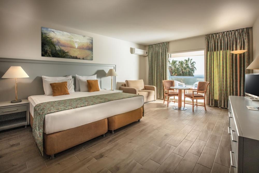 더 그랜드 블루 스카이 인터내셔널  - 올 인클루시브(The Grand Blue Sky International - All Inclusive) Hotel Image 3 - Guestroom