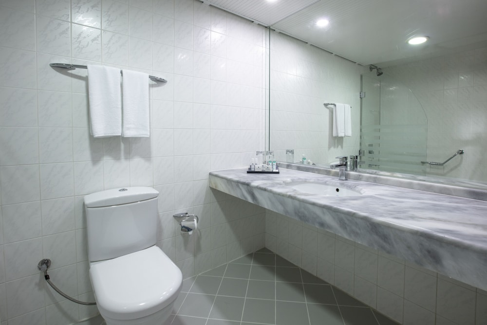 더 그랜드 블루 스카이 인터내셔널  - 올 인클루시브(The Grand Blue Sky International - All Inclusive) Hotel Image 9 - Bathroom
