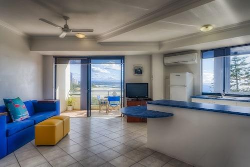 Komune - Gold Coast, Coolangatta