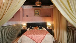 Superior Room (raha)