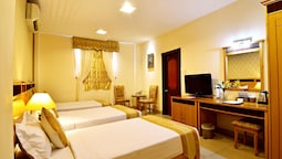 Suite, 1 Double Or 2 Twin Beds