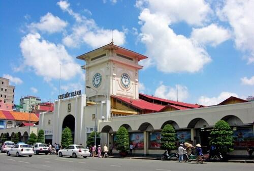 Saigon Hotel, Quận 1