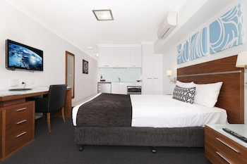 Guestroom at Hotel Chino in Woolloongabba