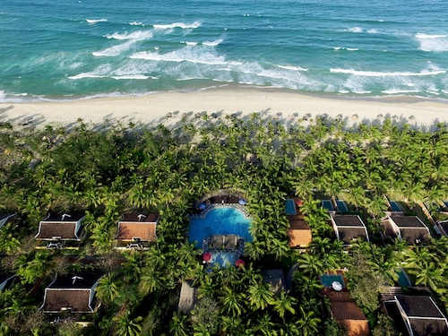 . Le Belhamy Beach Resort & Spa, Hoi An