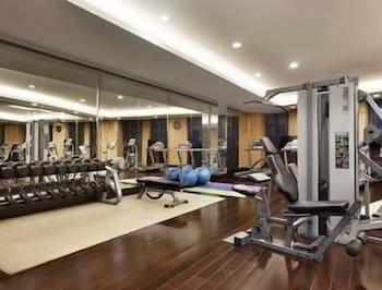 Ramada Plaza Lianyungang - Gym  - #0