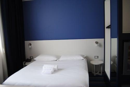 NEO Hotel, Milano