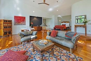 Guestroom at Pethers Rainforest Retreat in Tamborine Mountain