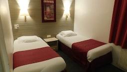 İki Ayrı Yataklı Oda (air Conditioning)