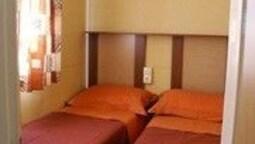Cottage Room Hotel (3 Pax No Kitchen)