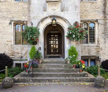 Stonehouse Court Hotel