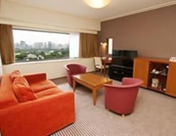KKR HOTEL TOKYO Living Area