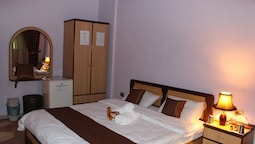 Basic Double Room, 1 Double Or 2 Twin Beds