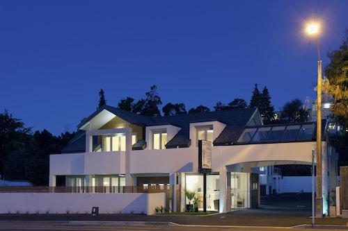 Century Park Motor Lodge, Nelson