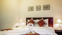 Superior Double Room, 1 Queen Bed, Non Smoking, Bathtub