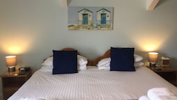 Standard Room, 1 Double Bed, Non Smoking, Sea View