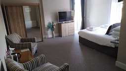 Superior Room, 1 King Bed, Balcony, Sea View