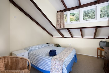 Stable Double Room, Shared Bathroom (includes Entry To Castle & Gardens)