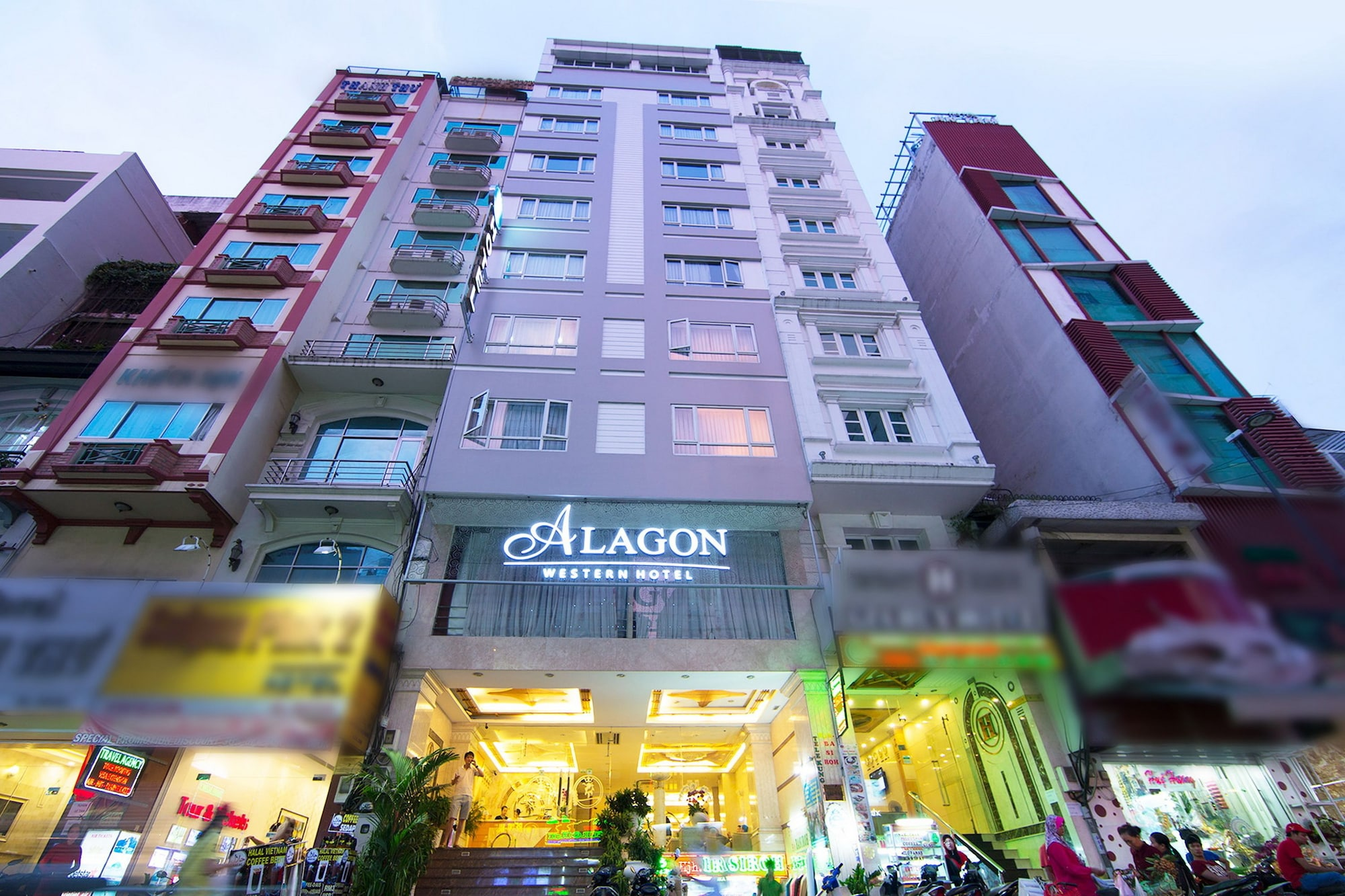 Alagon Western Hotel, Quận 1