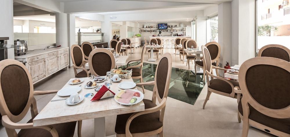 아르테미스 호텔 아파트먼츠(Artemis Hotel Apartments) Hotel Image 32 - Restaurant
