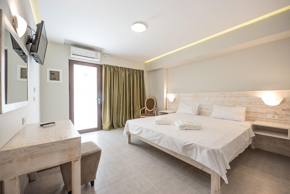 아르테미스 호텔 아파트먼츠(Artemis Hotel Apartments) Hotel Image 11 - Guestroom