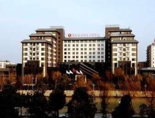 . Ramada Yangzhou Casa
