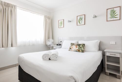 . Hibiscus Motel