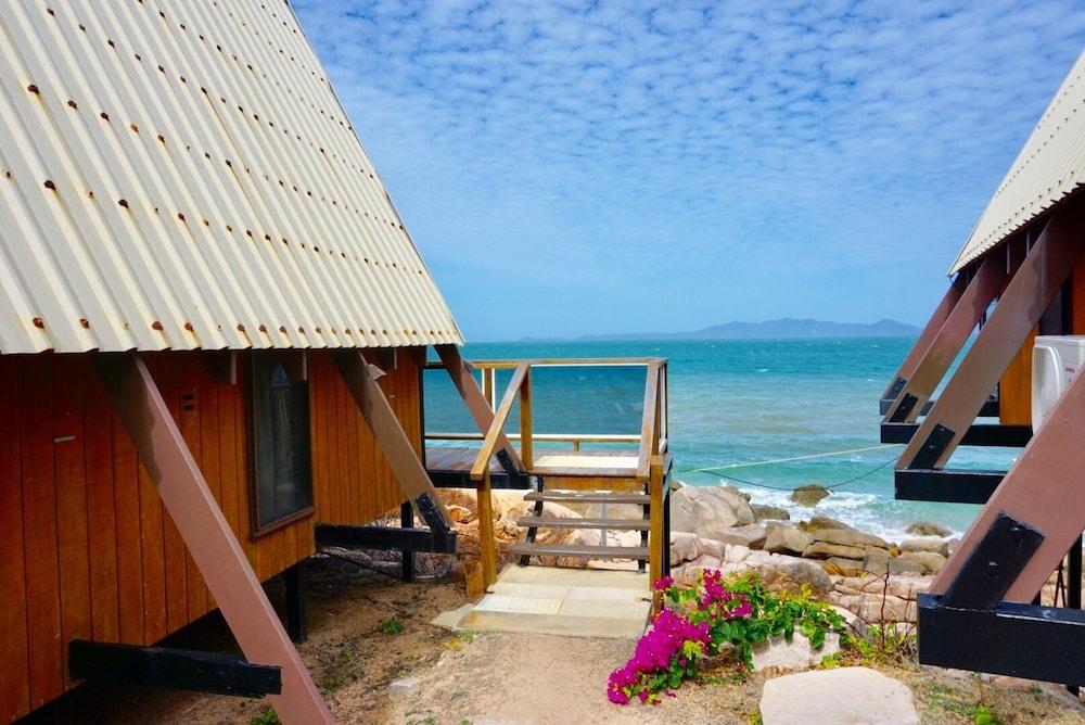https://i.travelapi.com/hotels/4000000/3660000/3651400/3651343/15e5bd08_z.jpg