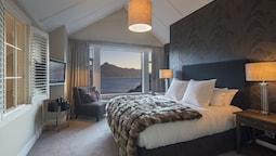 One-bedroom Promenade Villa