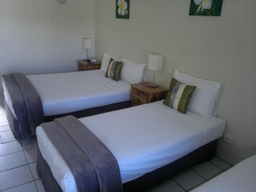 https://i.travelapi.com/hotels/4000000/3660000/3657500/3657410/1d242eae_z.jpg