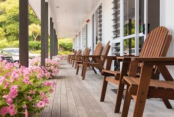 Anchorage Motel - Porch  - #0
