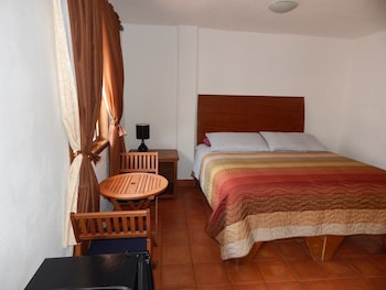 Hotel - Cabo Cush Hotel