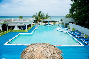 Hotel - Fun Holiday Beach Resort