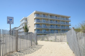 Hotel - Atlantic OceanFront Inn