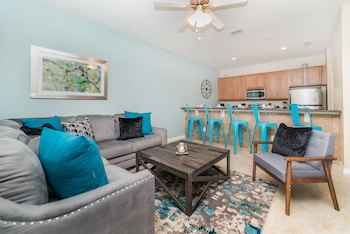 Townhome, 4 Bedrooms