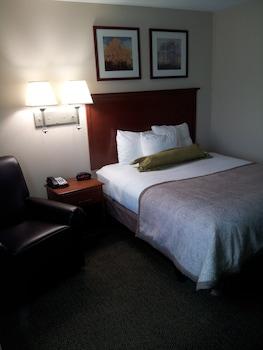 Hotel - Candlewood Suites Fredericksburg