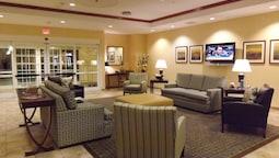 Candlewood Suites Fredericksburg, an IHG Hotel