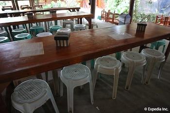 Frendz Resort Boracay Dining