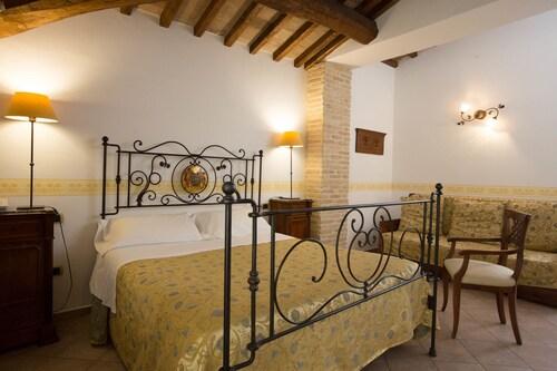 Hotel Palazzo Brunamonti, Perugia