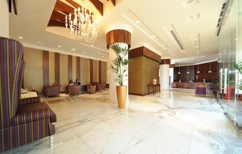 . City Seasons Al Hamra Hotel