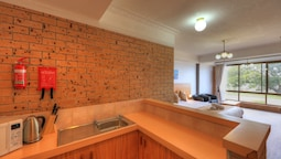 Riverview Double With Kitchen