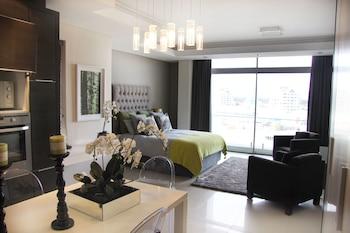 Luxury Studio Apartment (18)