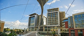 Hotel - The Residences at Crystal Towers
