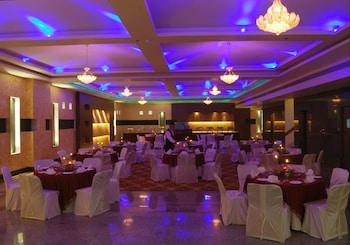 HK Clarks Inn, Amritsar - Banquet Hall  - #0
