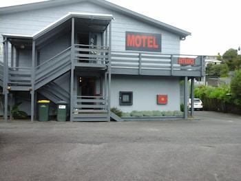Hotel - Carrington Motel