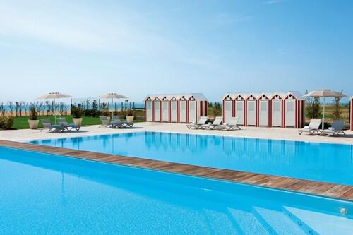 . Adriatic Palace Hotel