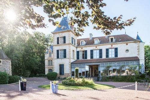 __{offers.Best_flights}__ Chateau De Champlong