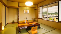 Japanese Style Room, Smoking, 4 Person Occupancy