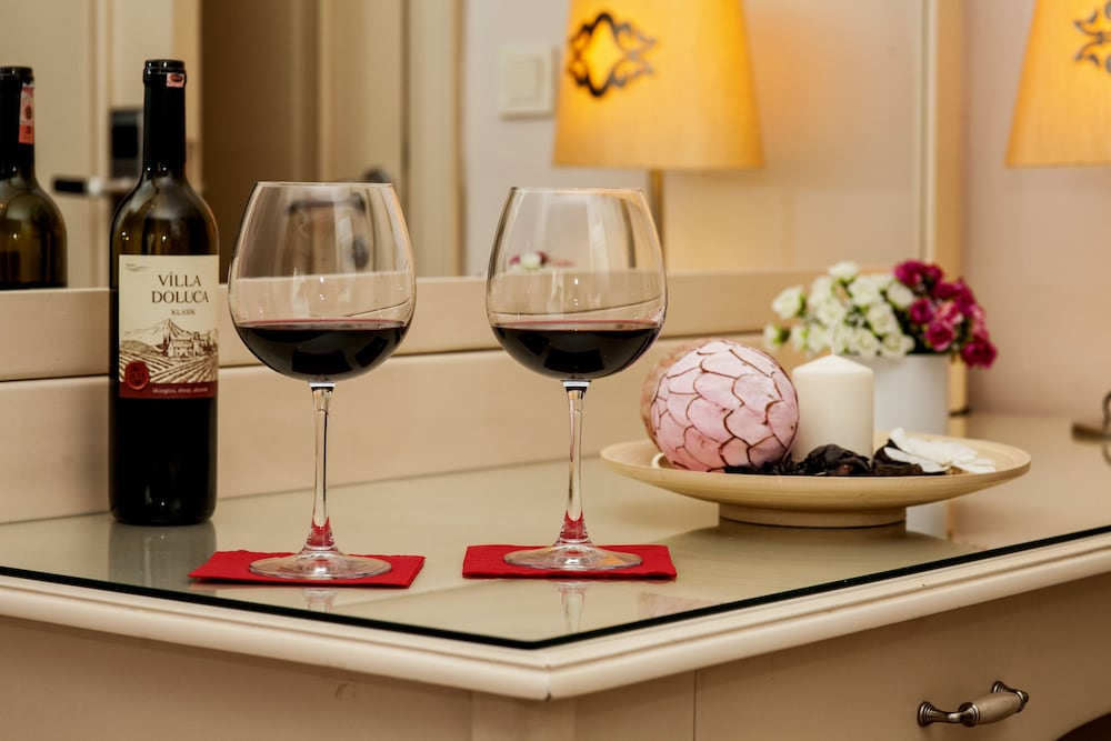 레이몬드 호텔 - 부티크 클래스(Raymond Hotel) Hotel Image 29 - Food and Drink