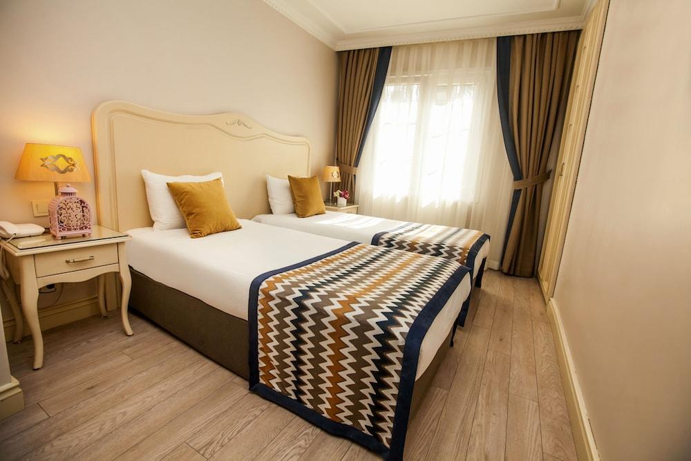 레이몬드 호텔 - 부티크 클래스(Raymond Hotel) Hotel Image 9 - Guestroom